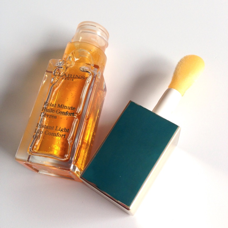 Clarins Instant Light Lip Comfort Oil –Review