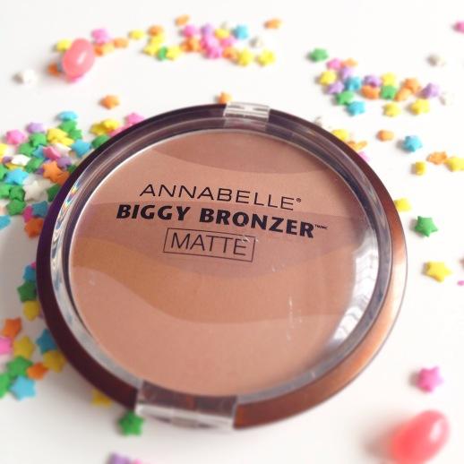 Best Natural Bronzer For Pale Skin