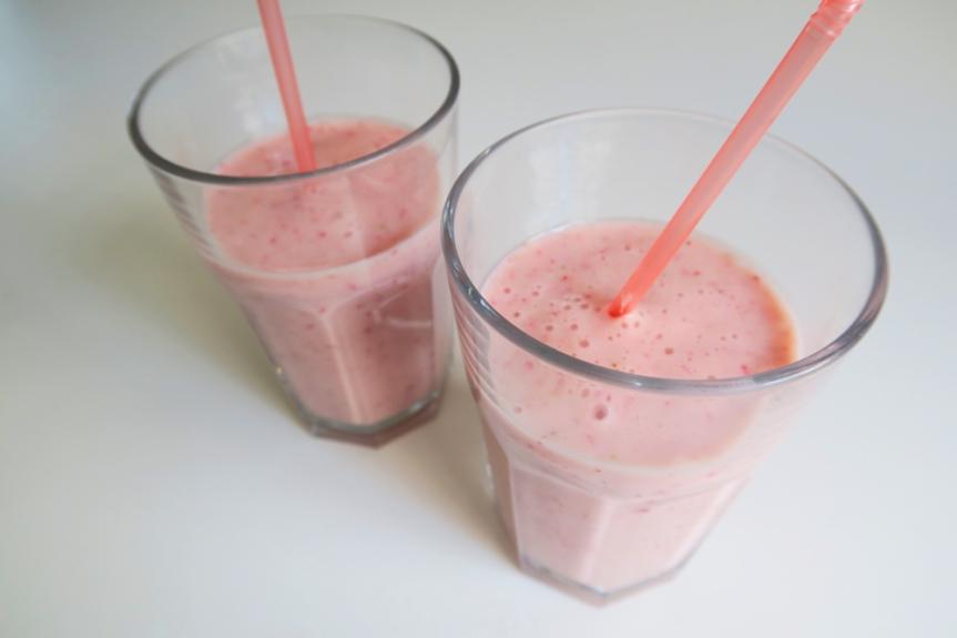 Back to School Smoothie! – StrawberryBanana