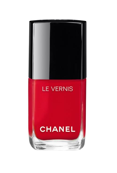 nail-polish-red