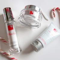 Give the Gift of Beautiful Skin! IDC LIMITED-EDITION HOLIDAY GIFT SETS!