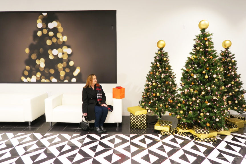 Holiday Shopping and Fun at STC #HolidayMRKT   Vlogmas Is Here With GoodCheer!