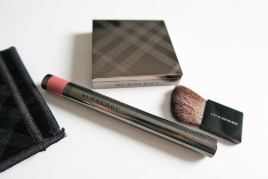 BURBERRY Fresh Glow and Lip Contour!FEATURE