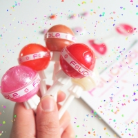 An Innovative and Fresh Lip Gloss Company Arrives in Canada! FLICKABLE!