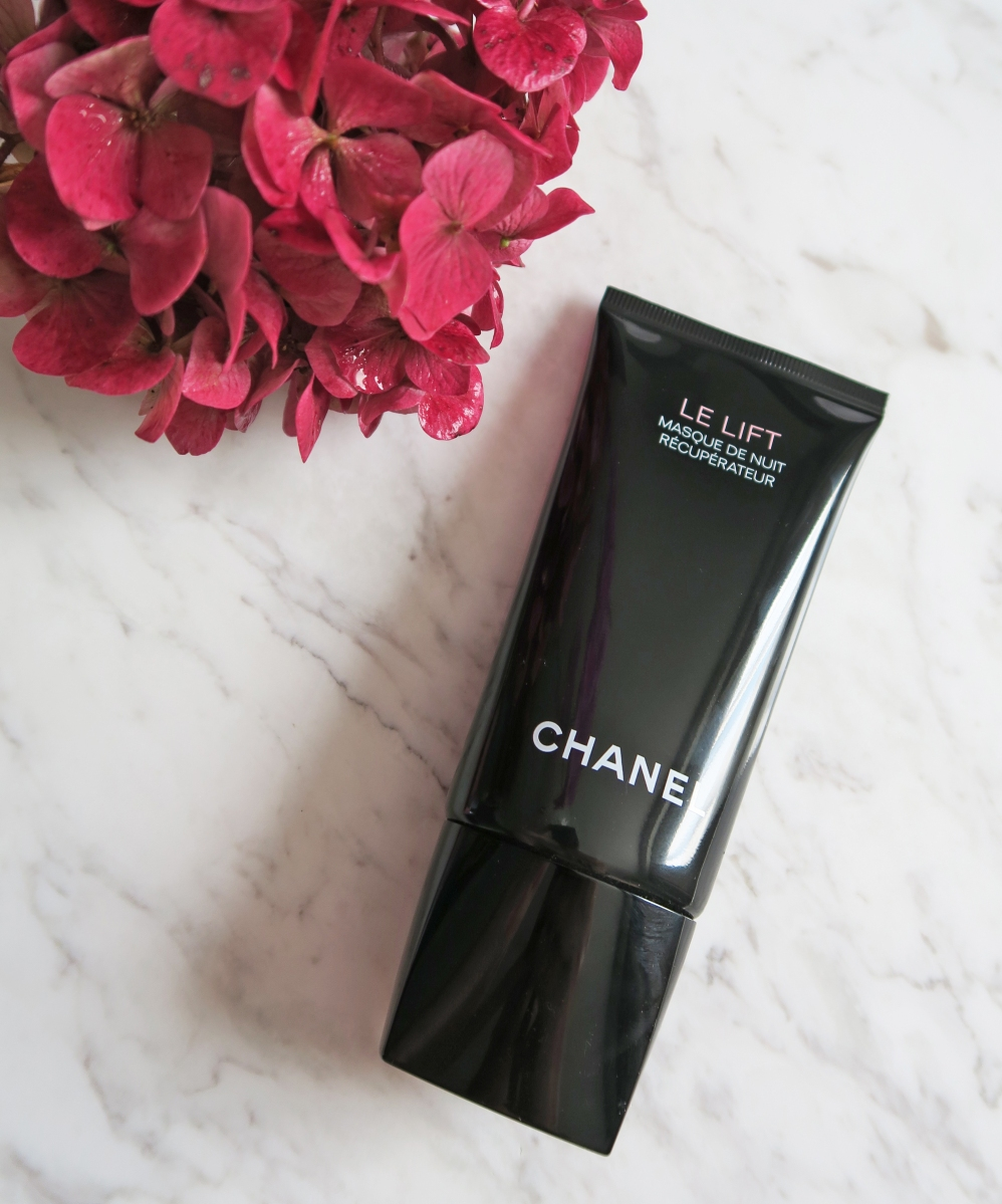 CHANEL LE LIFT SLEEP MASK AND LA CRÈME MAIN REVIEW