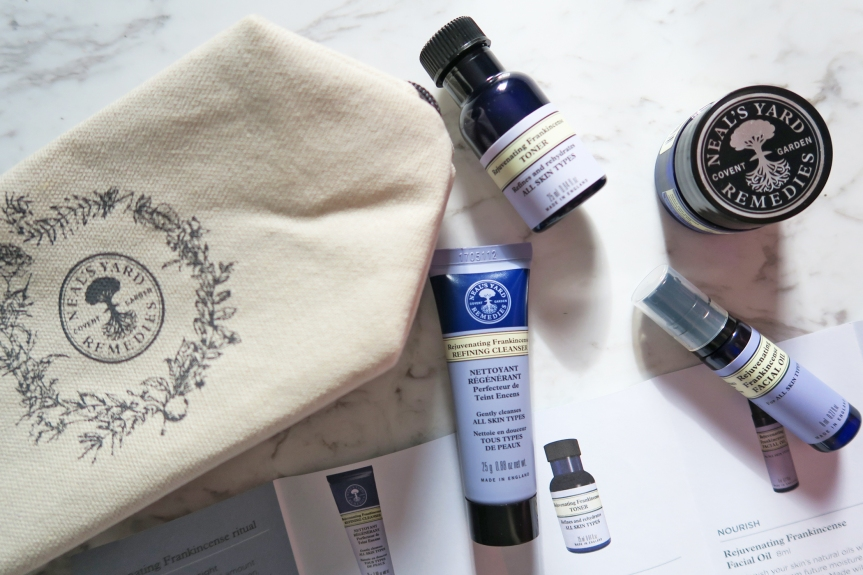 Neal's Yard Remedies Organic Rejuvenating Frankincense GiftSet
