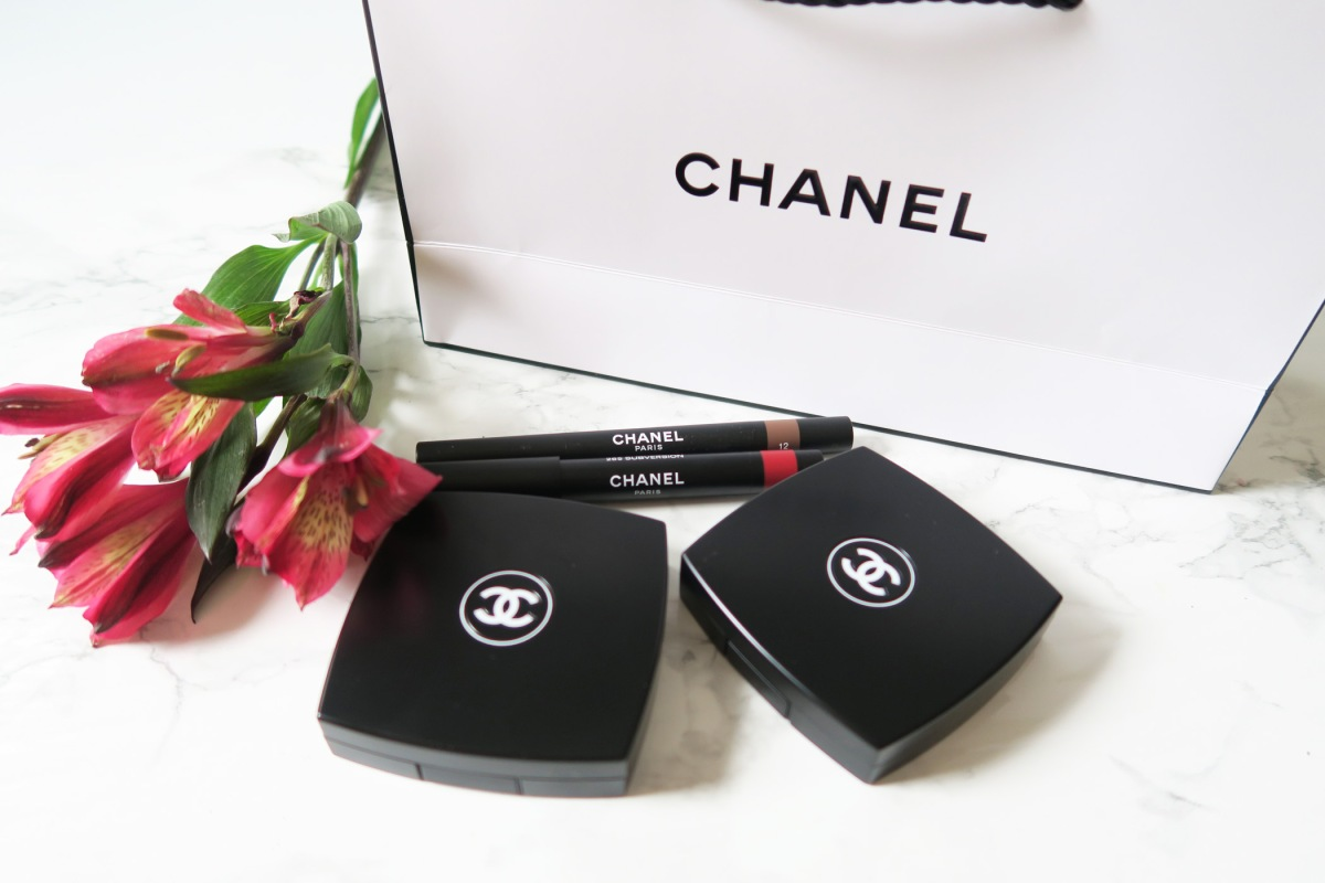 CHANEL Fall/Winter 2018 Collection Makeup Look and Swatches!