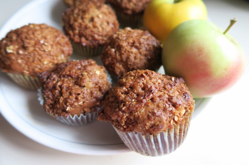 Apple Honey Cinnamon CrumbleMuffins