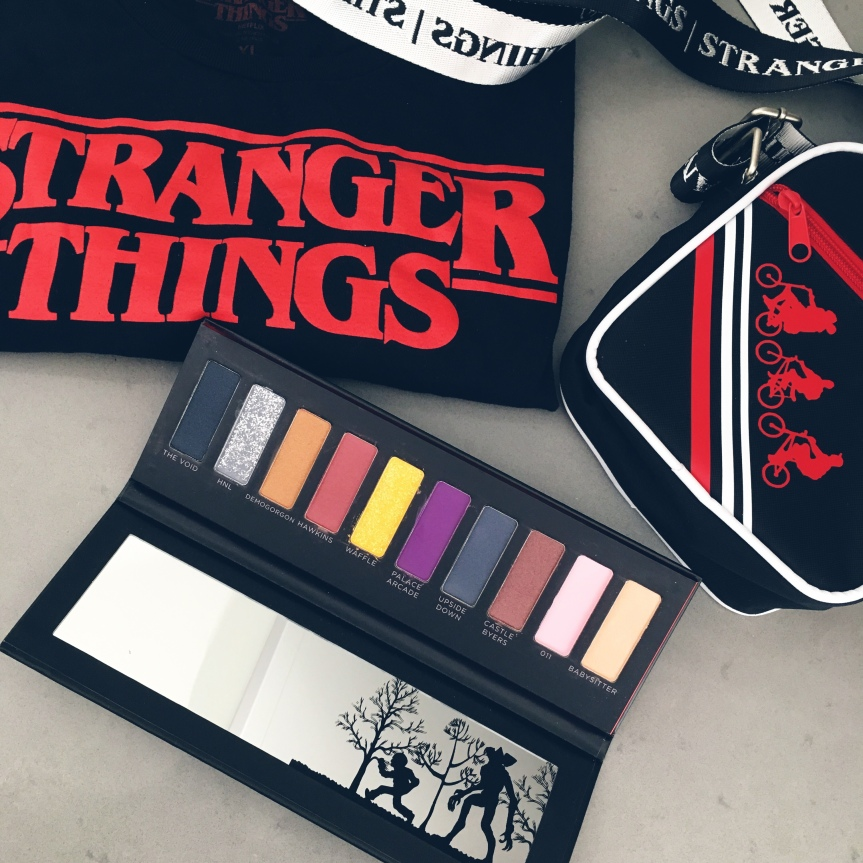STRANGER THINGS Makeup Palette andStyle