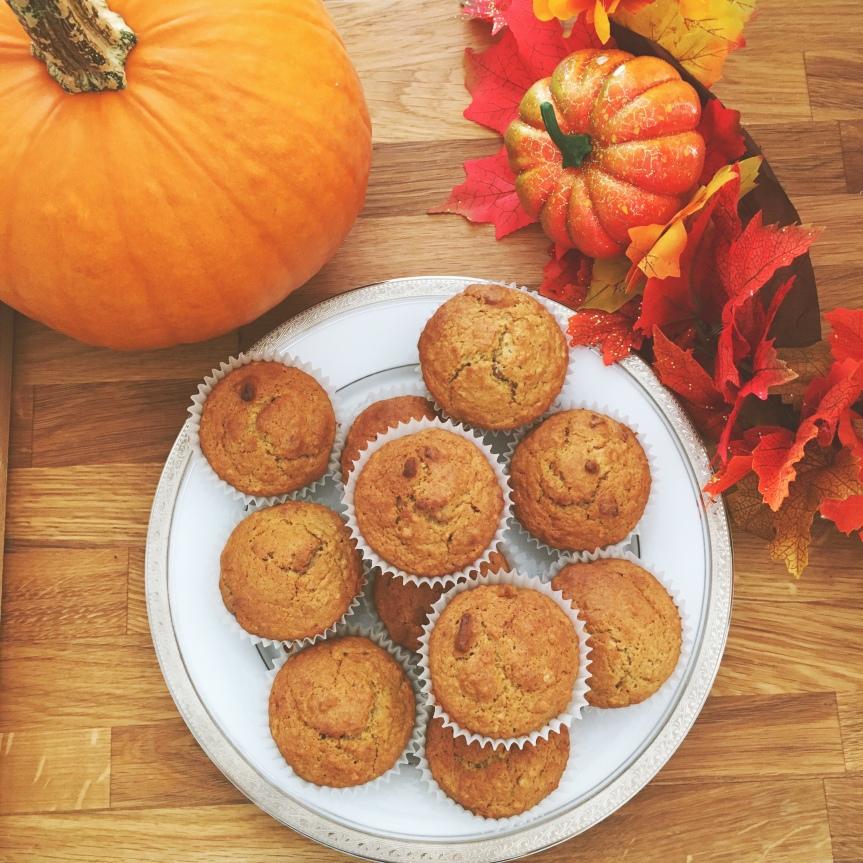 Pumpkin Oat Pecan MuffinsRECIPE